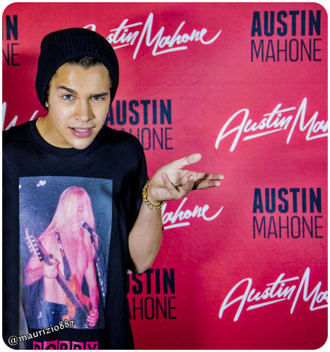 austin mahone wallpaper containing a sign titled austin mahone,2014