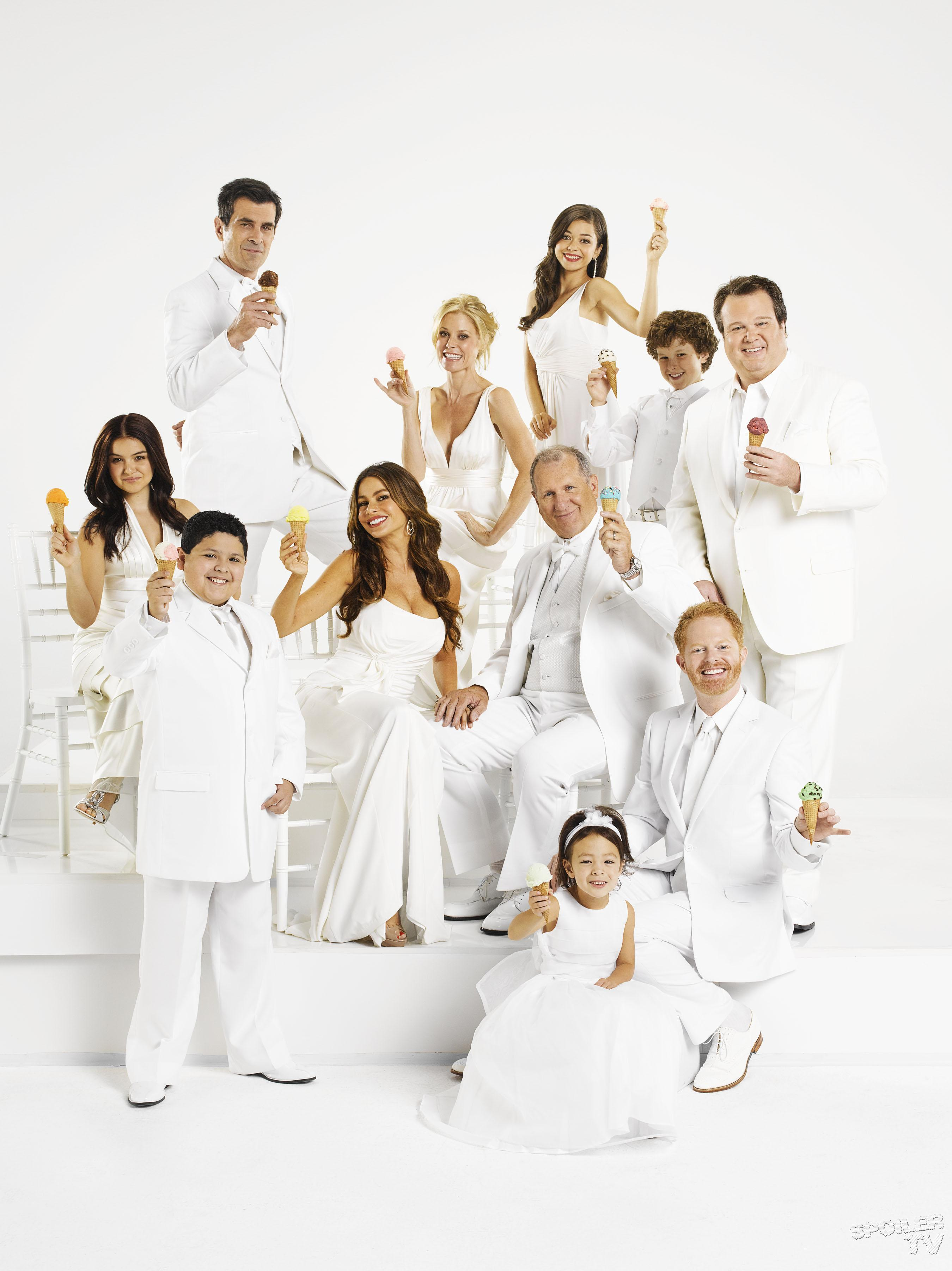 season 3 cast6 modern family photo 37540922 fanpop