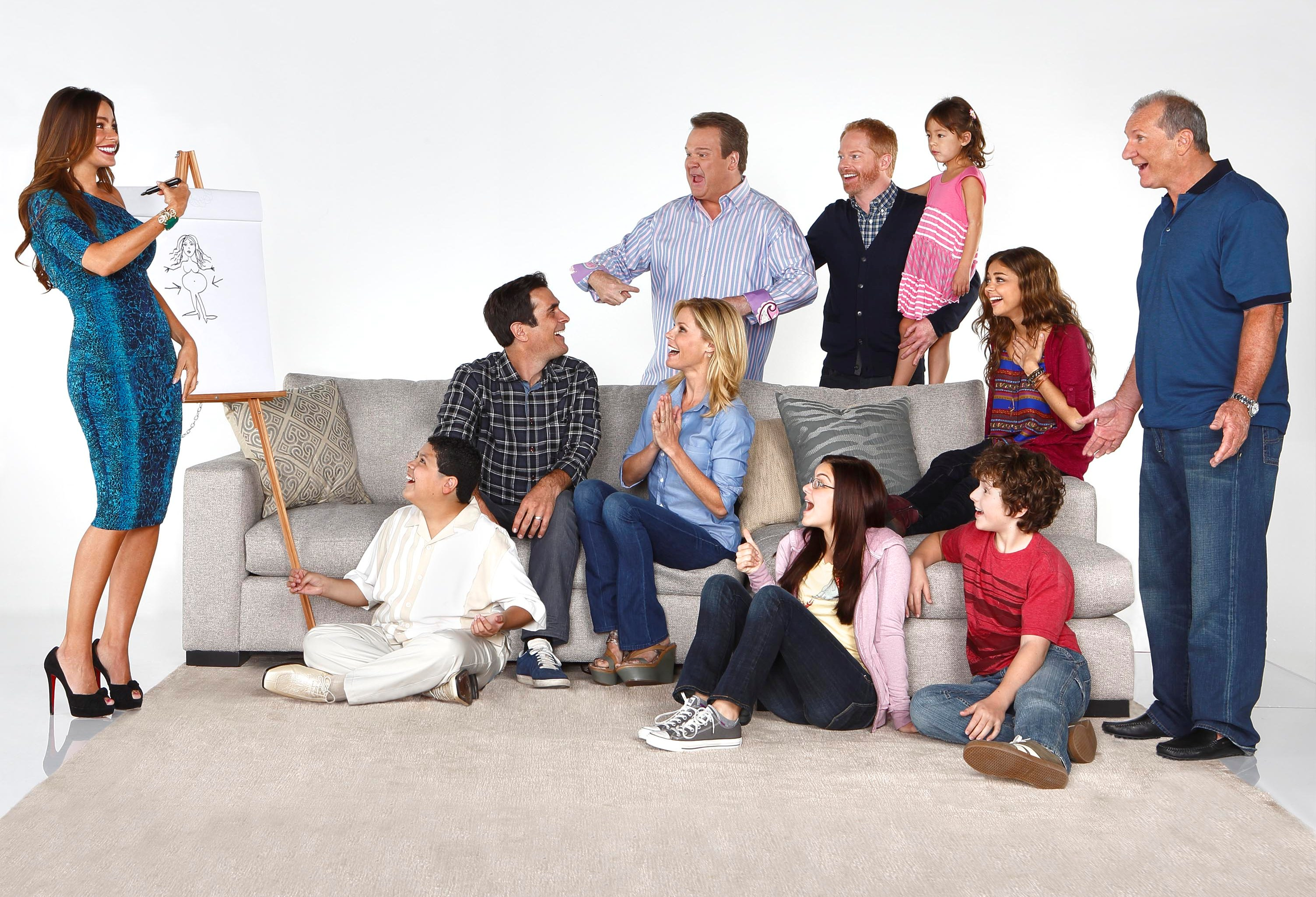 season 4 cast modern family photo 37540923 fanpop