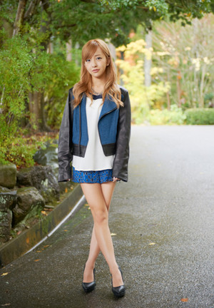 板野友美「月刊旅色」2014/3月号
