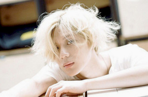 (°◡°♡)  HANDSOME TAEMIN - DAZED AND CONFUSED