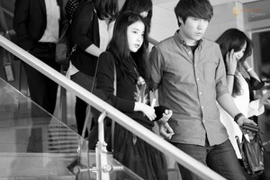 "140929 IU after the VIP Premiere of ""My Love, My Wife"""