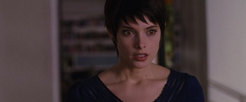 Alice Cullen wallpaper with a portrait titled Alice Cullen
