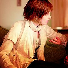 Alice Cullen karatasi la kupamba ukuta called Alice Cullen x