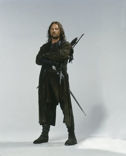 Lord of the Rings wallpaper probably containing a rifleman entitled Aragorn lotr