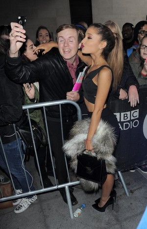 """Ariana Grande leaves the ITV studios after """"Loose Women"""""""