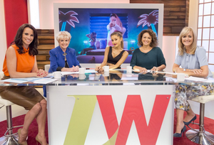 "Ariana Grande on ""Loose Women"" on ITV in लंडन"
