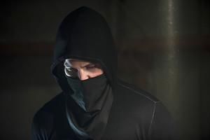 "Arrow 3.2 ""Sara"" Official pratonton imej"