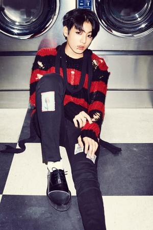 BTS concept фото for 'Hormone War'