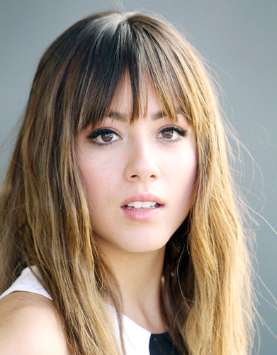 Chloe Bennet wallpaper containing a portrait entitled Chloe Bennet ♥