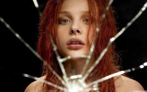 Chloe Moretz fondo de pantalla