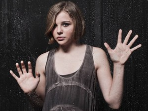 Chloe Moretz karatasi la kupamba ukuta
