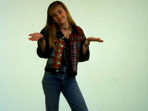 Old School Nickelodeon wallpaper containing long trousers, bellbottom trousers, and a pantleg called Clarissa Explains It All