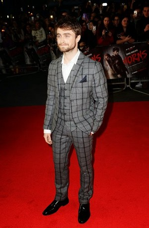 Daniel Radcliffe At 'Horns premiere' In Luân Đôn Uk (FB.com/DanielJacobRadcliffeFanClub)