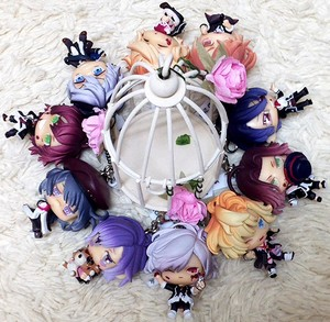 Diabolik Lovers Figures