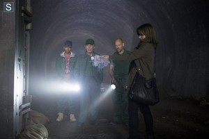 Doctor Who - Episode 8.09 - Flatline - Promo Pics