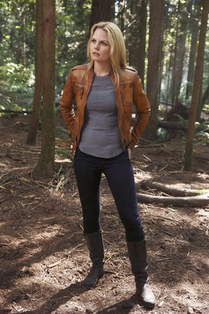 "Emma Swan - ""Rocky Road"" 4x03 - Promo Picture"