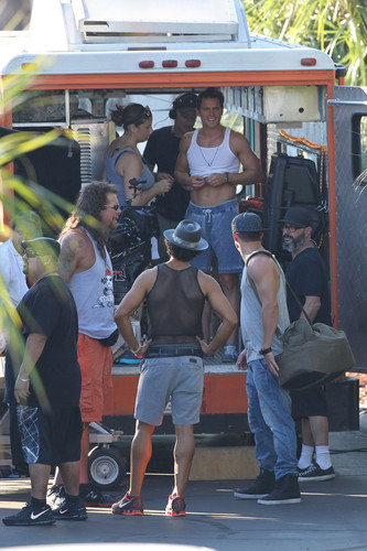 Matt Bomer wallpaper probably containing a carriageway, a street, and a tailgate entitled Filming MAGIC MIKE XXL, 01.10.2014