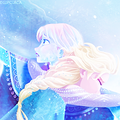Frozen - Book and Final version of the movie