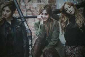 Girls' Generation-TTS - 'High Cut'