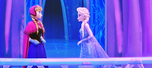 HD Blu-Ray Disney Princess Screencaps - Queen Elsa & Princess Anna