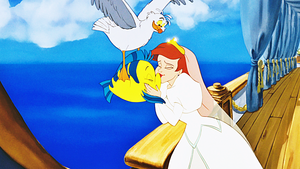 HD Blu-Ray Дисней Princess Screencaps - Scuttle, камбала & Princess Ariel