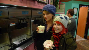 Hayley Williams and Taylor veloce, swift