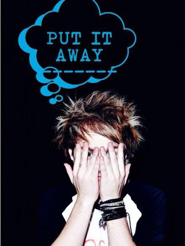 Michael clifford iphone wallpaper