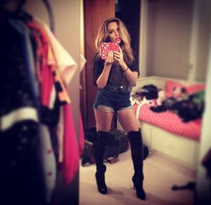 Jade's New Instagram Picture ♥