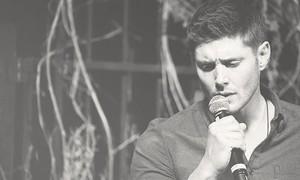 Jensen Ackles ★