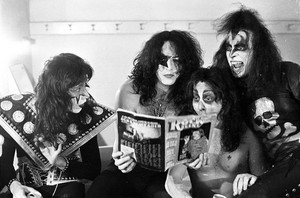 Kiss ~NYC March 1975
