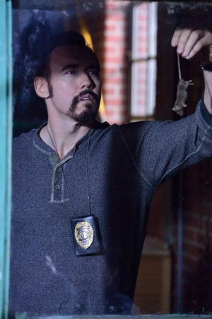 Kevin Durand as Vasiliy Fet in The Strain - 1x02 - The Box