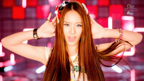 Krystal Jung 바탕화면 with a portrait called Krystal - Electric Shock