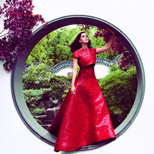 Lady In Red: Katy Perry - Harper's Bazaar