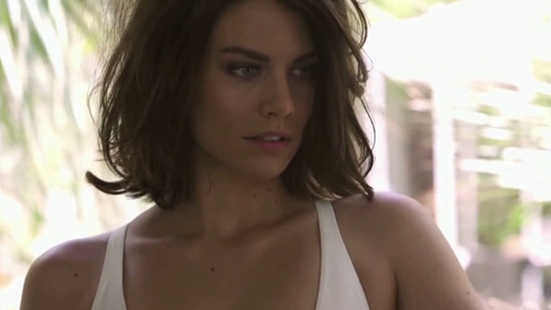Lauren Cohan wallpaper containing a portrait called Lauren Cohan GQ Photoshoot 2014