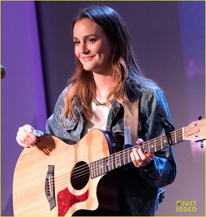 Leighton Meester Performs in NYC as She Focuses on Musica
