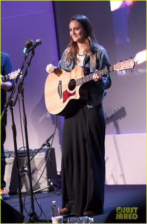 Leighton Meester Performs in NYC as She Focuses on musique