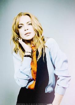 Lindsay Lohan photographed sa pamamagitan ng Brian Ziff for the Spring 2014 issue of Kode Magazine.