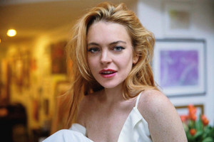 Lindsay Lohan photographed da Brian Ziff for the Spring 2014 issue of Kode Magazine.