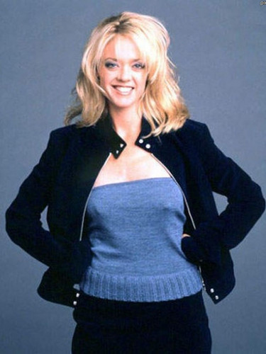 Celebrities Who Died Young Images Lisa Robin Kelly March