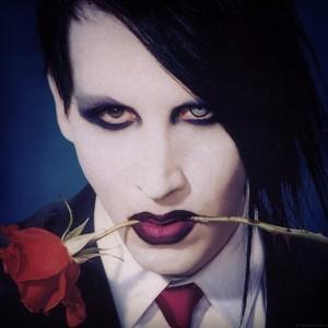 Marilyn Manson loves u<3333