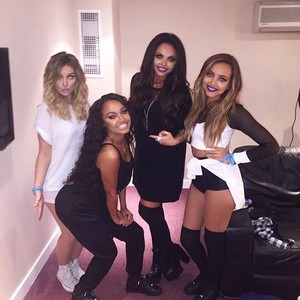 New picture of the girls ♥