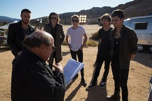 On Set of STEAL MY GIRL música Video