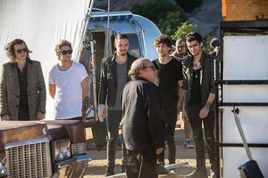 On Set of STEAL MY GIRL संगीत Video