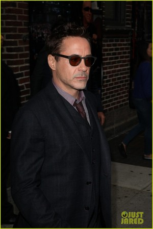 RDJ @ The Late tampil with David Letterman