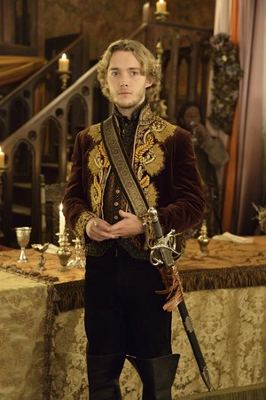Reign 2x04 promotional picture
