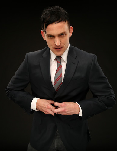 Gotham wallpaper with a business suit, a suit, and a two piece titled Robin Lord Taylor as Oswald Cobblepot