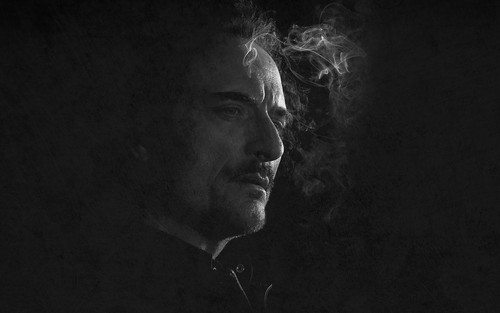 Sons Of Anarchy wallpaper probably with a concert titled SOA Wallpaper - Tig