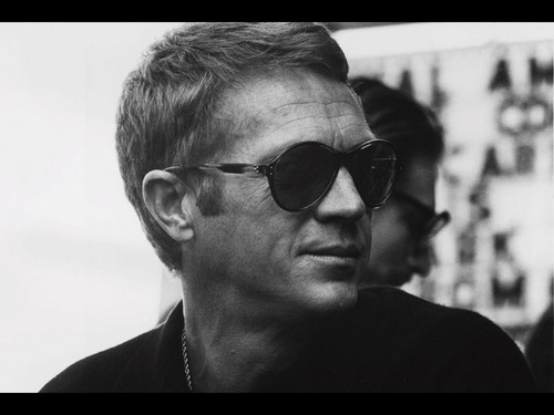 Steve McQueen wallpaper with sunglasses entitled Screen Saver for mac