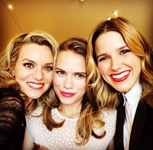 Sophia Bush, Hilarie burton and Bethany Joy Lenz reunite in Paris, October 18th 2014.